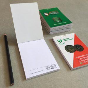 Impressão de Mini Caderneta com grampo e picote
